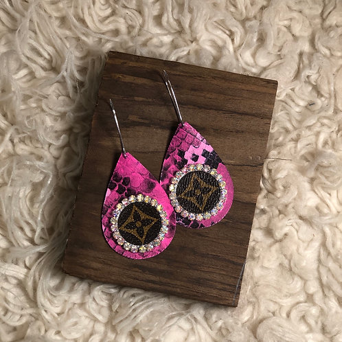 bright pink earring w iridescent crystals