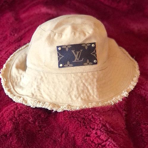 Bucket hat-cream