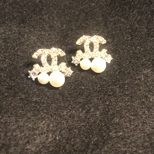 CC gold and pearl Earrings