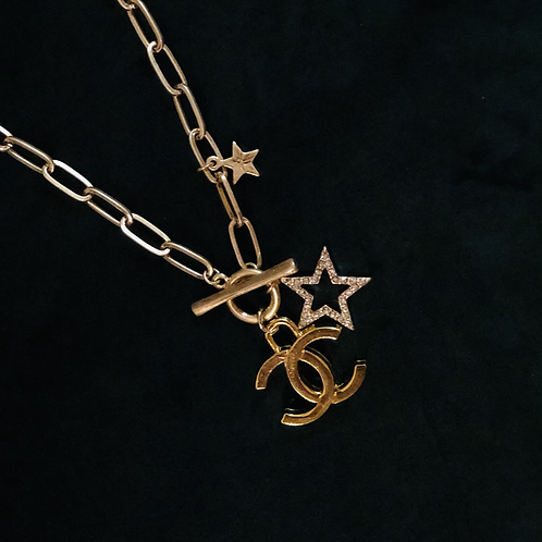 GOLD-CC toggle necklace