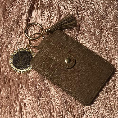 LV Credit card holder/keychain