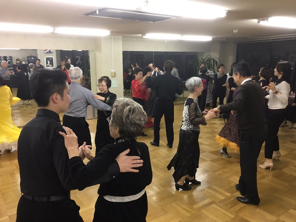 佐々木ダンス・新年会ダンスパーティ
