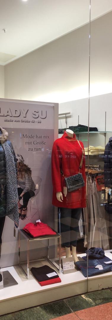 Lady Su Das Schloss