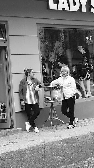 Lady Su,Damenmode, große größen damenmode, damenmode online, Mode ab Grösse 42 - 56 , grosse Grössen Berlin, große Größen Berlin, damenmode große größen online, Plus Size, Extraweit,  Hosenspezialist