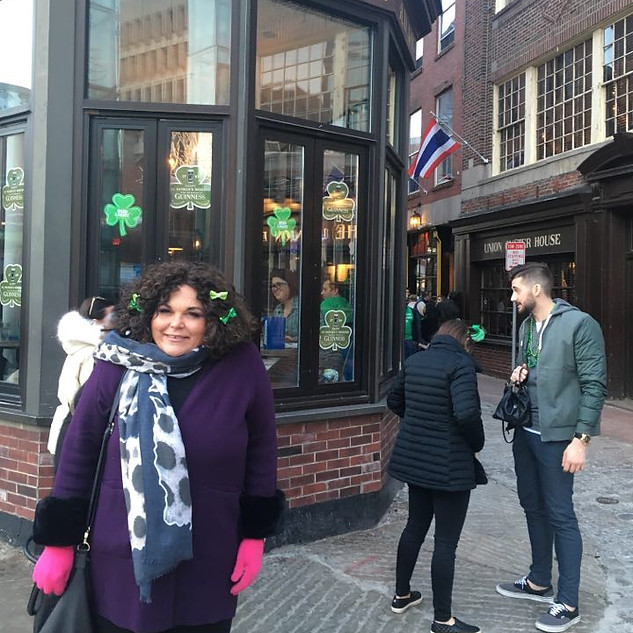 Shopping in Boston-window shopping that