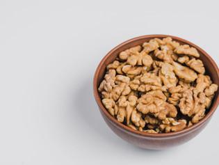 Nozes para controlar compulsão alimentar