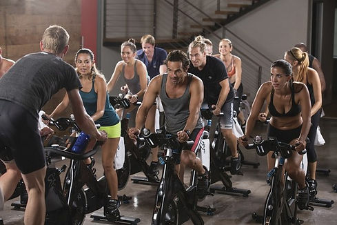 FITCITY Fitnes center v mestu | Gym & Spinning® Ljubljana| Spin & Sculp / SPINPower®/ Spin & Core