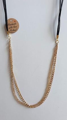שרשרת זהב משולבת קריסטלים ורצועות דמוי עור
