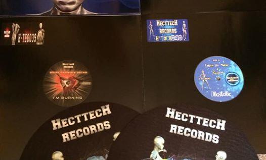 Hecttech Records x 4 , Plus 1 X Pair Of Slipmats