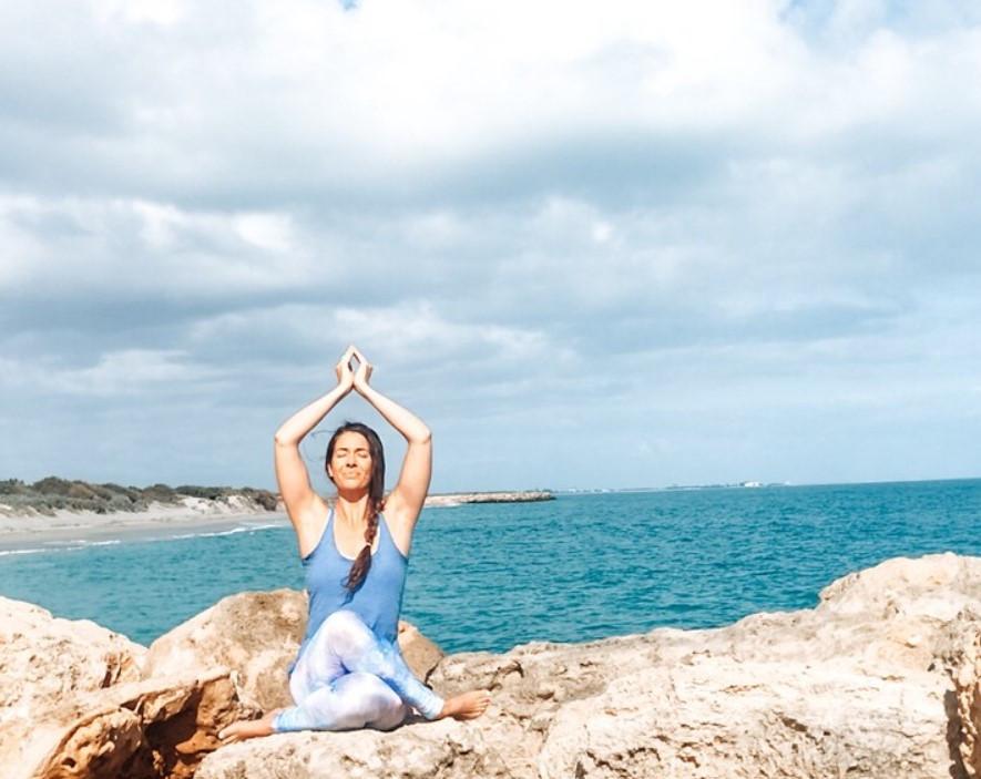 meditation, yoga, beach yoga, holistic, renewal, universal, truth, alignment