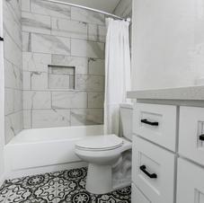 Modern Farmhouse Guest Bath