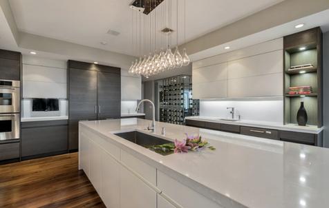 Modern Kitchen with German Leicht Cabinetry