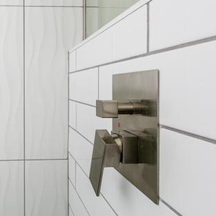 Wavy Tile Shower