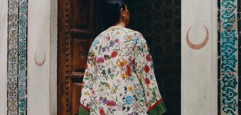Gucci photoshoot - floral print shirt