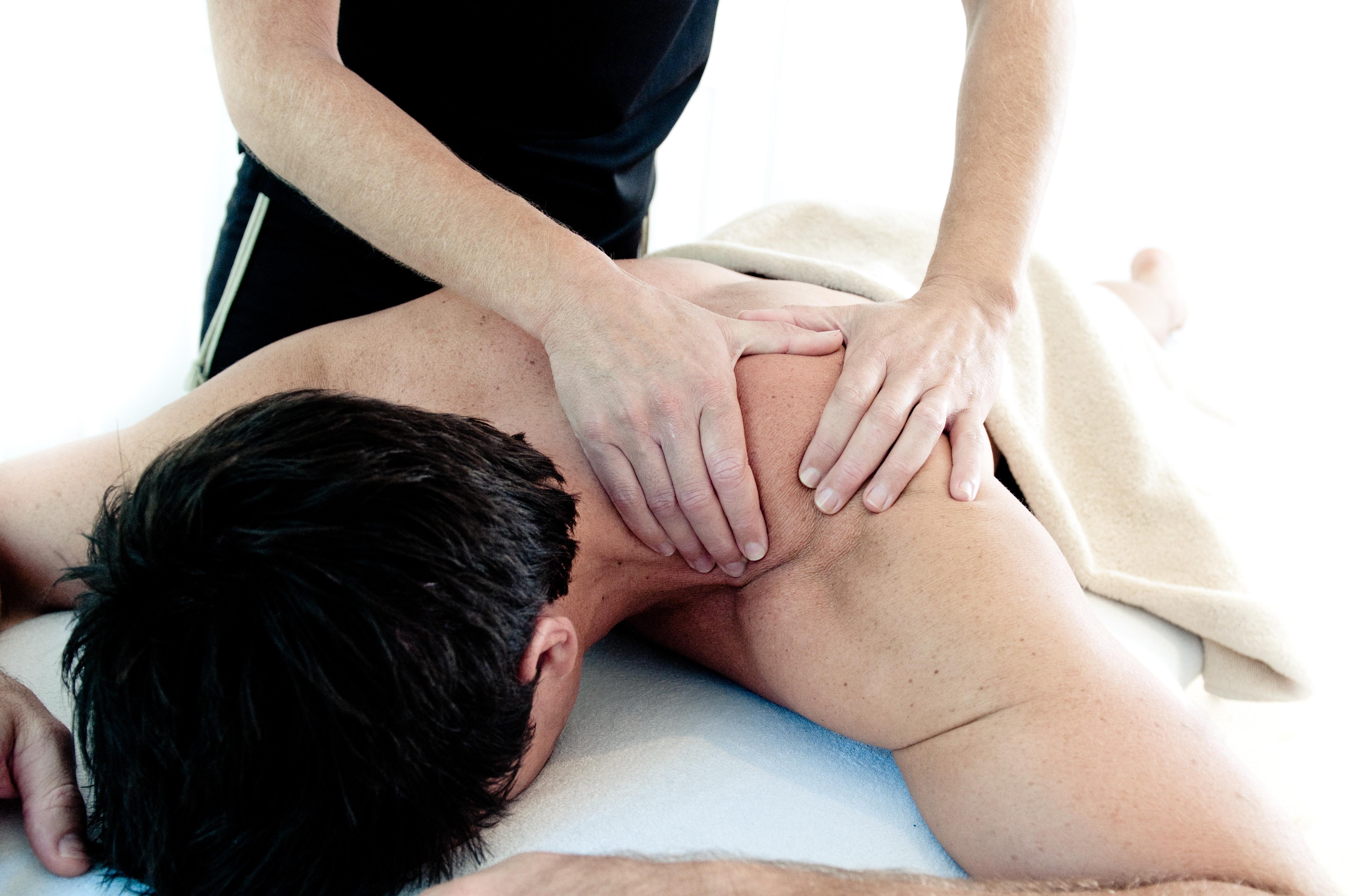 1 Hr Sports Massage