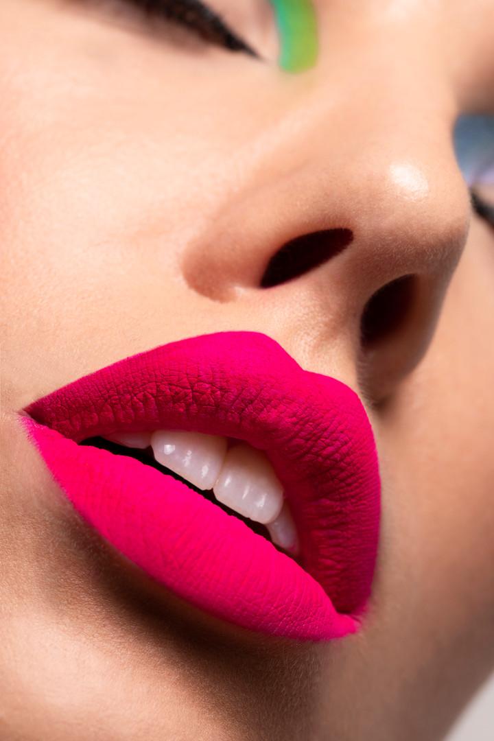 Liz T Neon lip 1.jpg