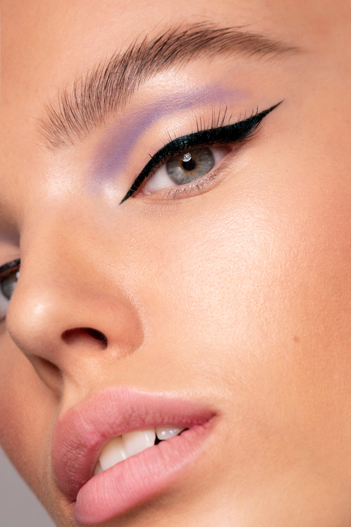 Liz T Purple eye 2.jpg