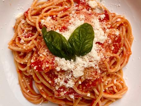 Pasta con pomodorini datterino