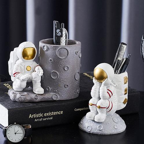 Astronaut Pen Holder