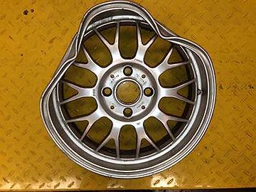 wheel-straightening-before1.jpg