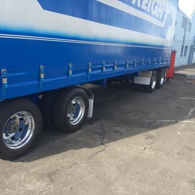 truck polish1.jpg