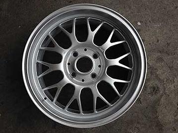 wheel-refinishing-before1.jpg