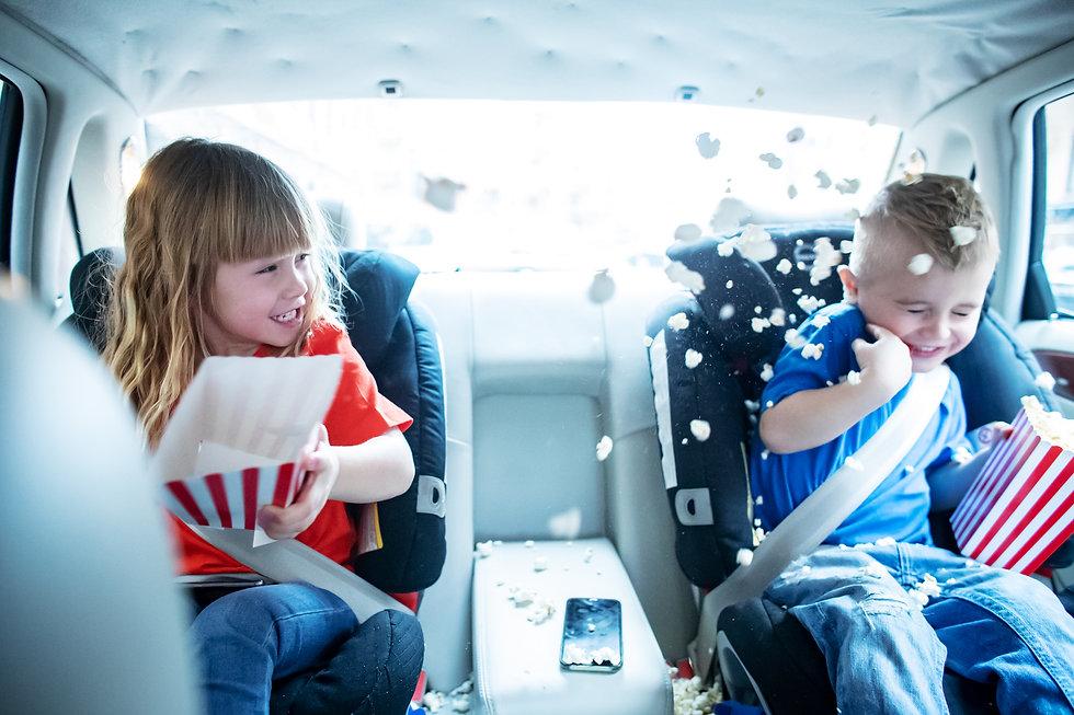 Popcornkrig i baksätet. Reklamfilm för Katshing, telefonoperatör. Inspelad tillsammans med Miami reklambyrå