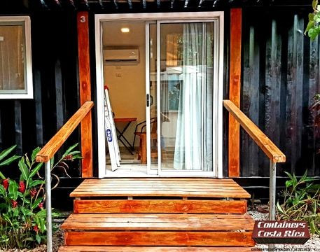 Tainer Tiny Home 2fl
