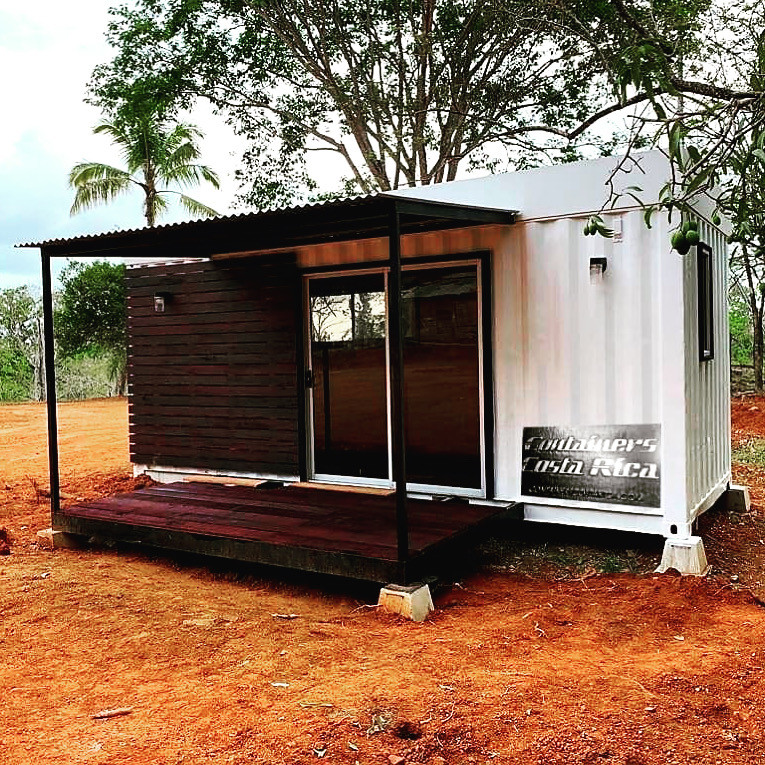 Tiny home inthe woods