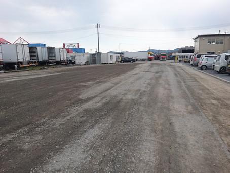 本社側駐車場 舗装工事開始しました!