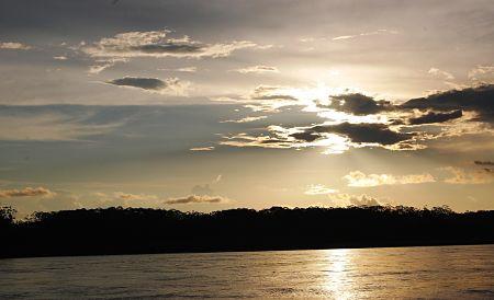 Rio Amazonas.jpg