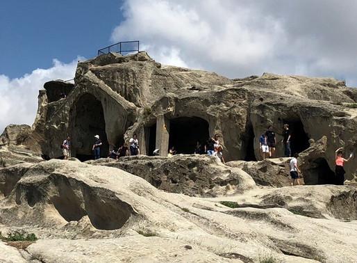 Ciudad cueva de Uplistsikhe (Unesco) y Gori, la ciudad natal de Stalin. Georgia