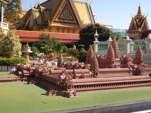 Phnom Penh (Camboya). La aventura está en la historia