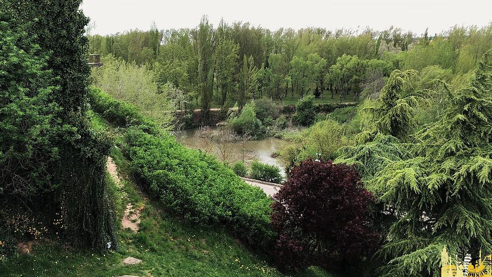 Río Duero en Almazán  (Soria). Castilla-León