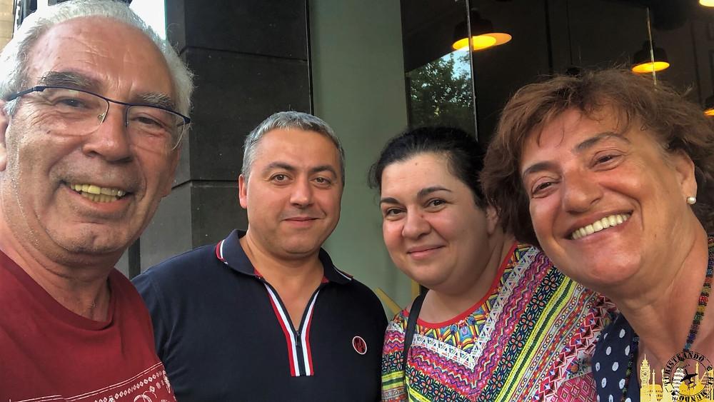 Amigos armenios. Ereván