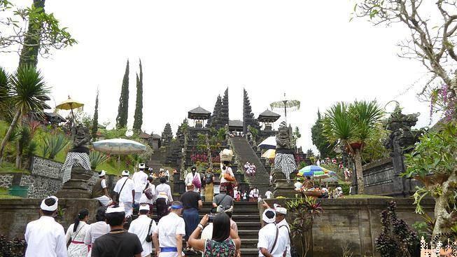Templo Madre o PURA BESAKIH (Bali)
