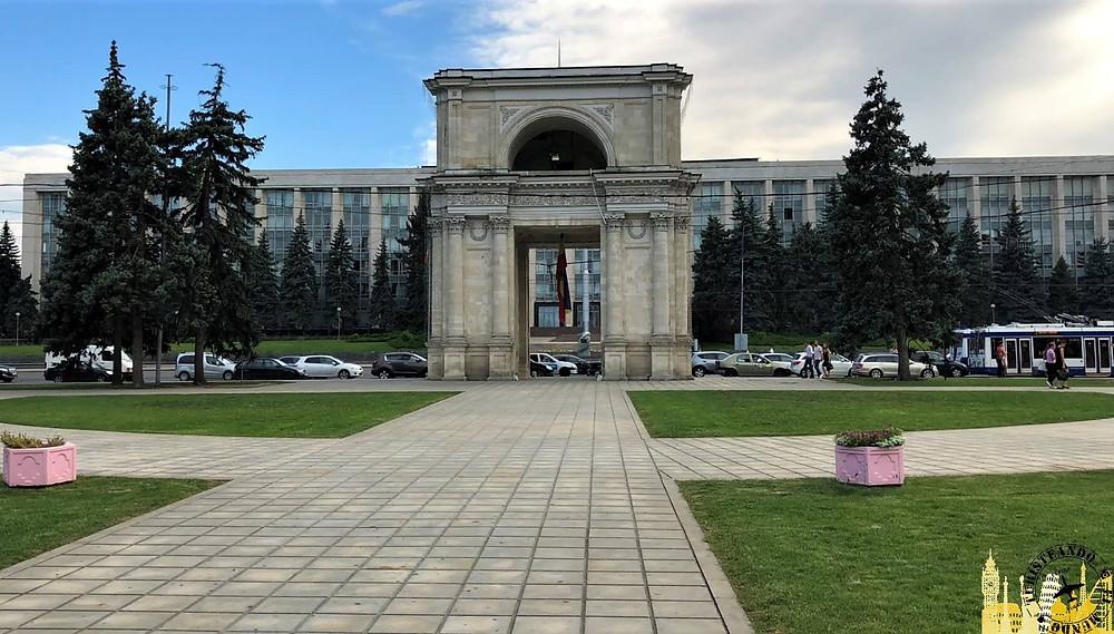 Arco del Triunfo. Chisinau (Moldavia)