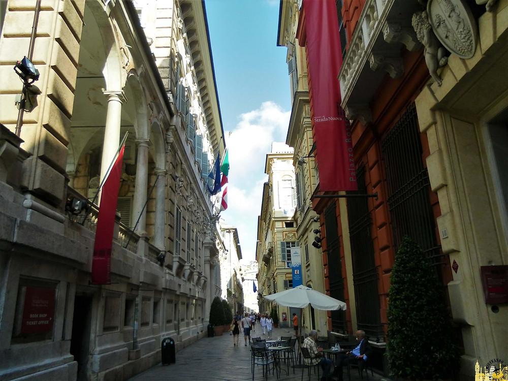 Vía Garibaldi (Génova). Italia