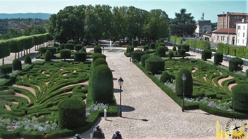Jardines Palacio Episcopal. Castres (Francia)