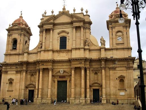 Noto (UNESCO), el jardín de piedra. Sicilia (Italia)