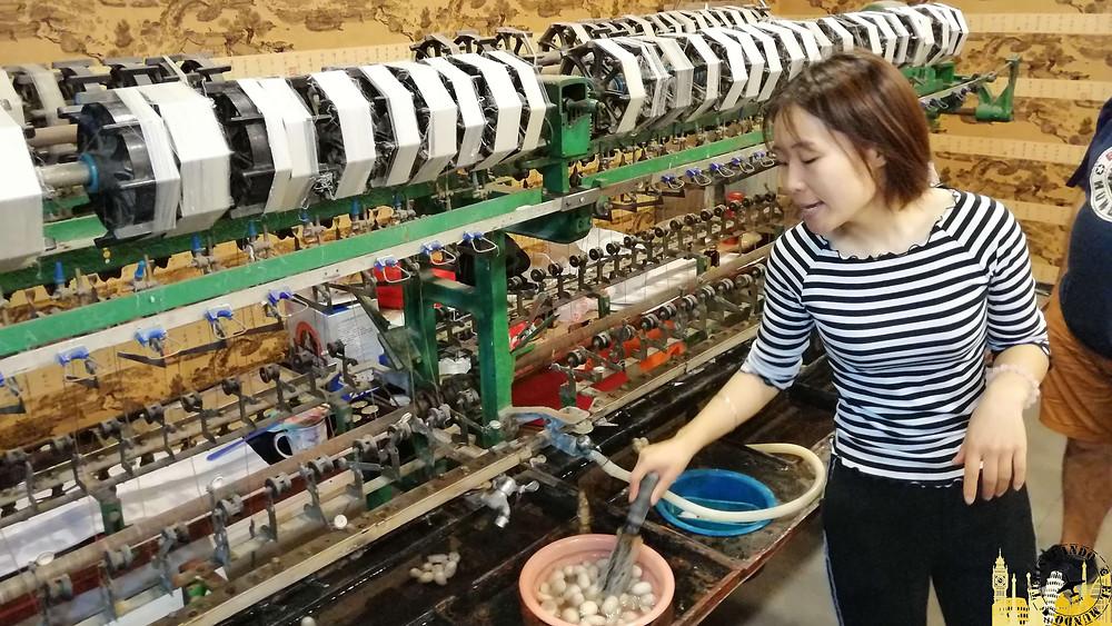 Sericultura y fabricación de seda en China