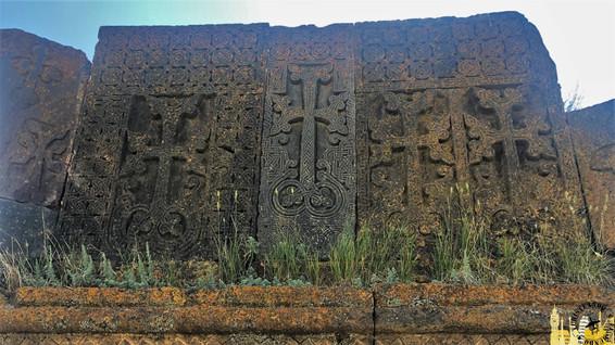 Khachkars (Cementerio Noratus)