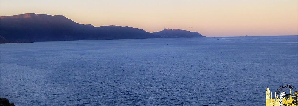 Melilla (España). Atardecer en litoral norte