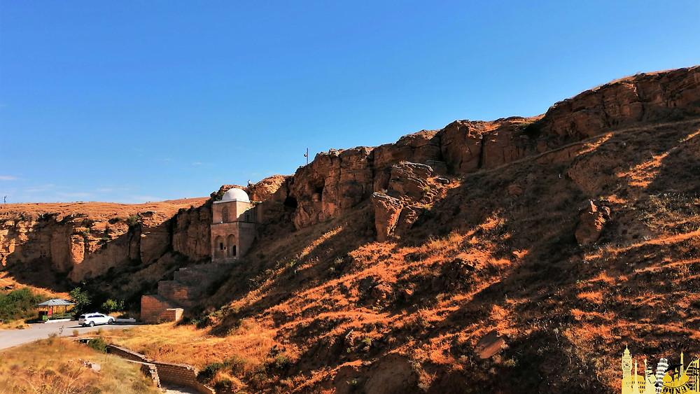 Mausoleo de Diri Babar, Shamakhi (Azerbaiyán)