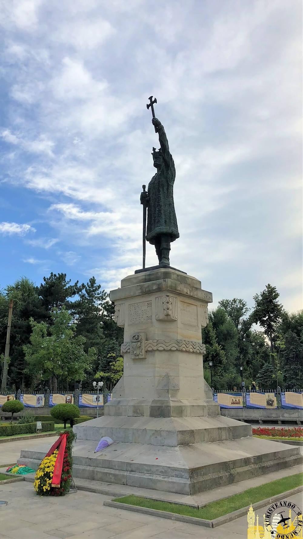 Estatua  Stefan el Grande. Chisinau (Moldavia)