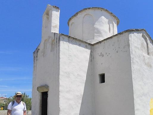 Nin y la Catedral más pequeña del mundo.