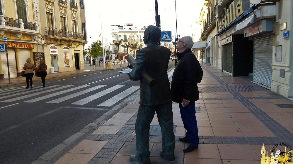 Melilla (España). Estatua de Enrique Nieto