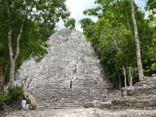 Sitio arqueológico de Cobá (México), una visita espectacular