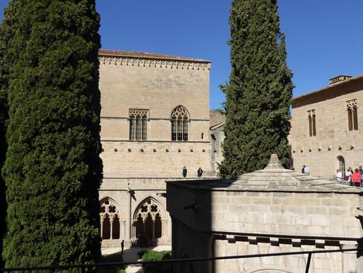 La Costa Dorada, Monasterio de Poblet (Unesco) y Medinaceli. Cataluña y Castilla y León (España)