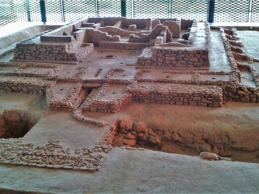 Yacimiento de Cancho Roano. Civilización de Tartessos... O de la legendaria Atlántida? Extremadura